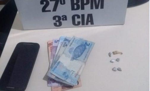 Policiais de São Mateus do Sul prendem usuário de drogas