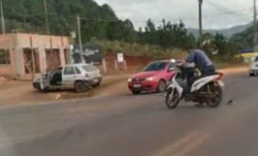 Motociclista fica ferida em acidente no centro de Bituruna