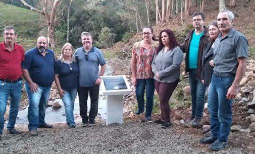 Prefeitura de Matos Costa entrega mais uma ponte de alvenaria