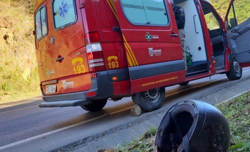 Queda de moto deixa dois feridos na BR 153