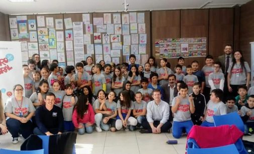 Estudantes participam do Sarau Literário no Sesc