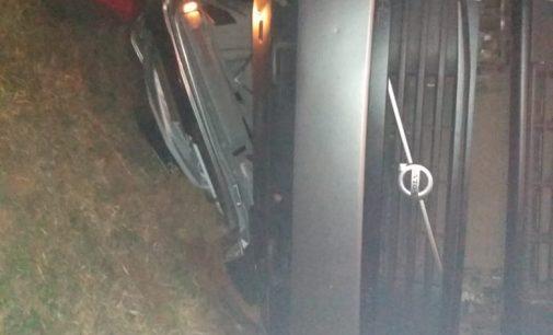 Caminhoneiro morre ao tombar veículo na BR 153