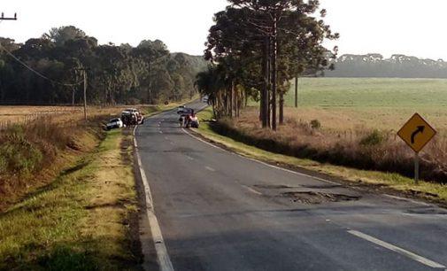 Três pessoas ficam feridas em acidente na BR 280