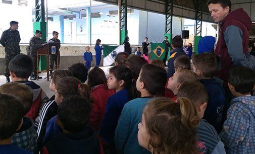 Escola de Civismo lembra Patrono do Exército Brasileiro