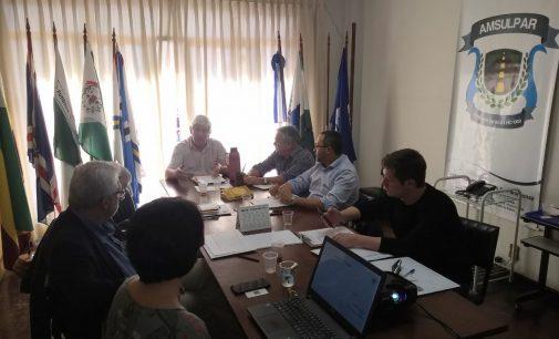 Prefeitos da Amsulpar debatem ações do Cisvali