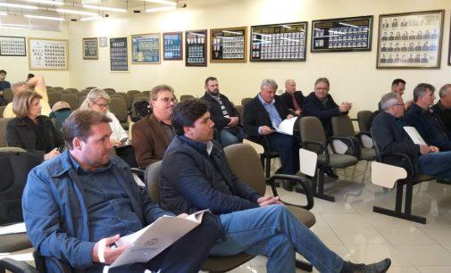 Prefeito Raul participa de reunião do Programa Líder