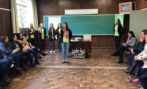Professores dos CMEIs participam de formação continuada