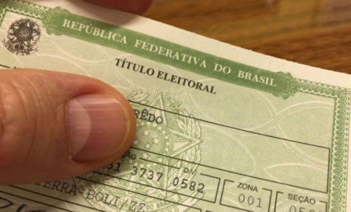 Eleitores com títulos cancelados devem regularizar sua situação