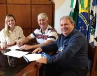 Porto Vitória assina convênio para pavimentação