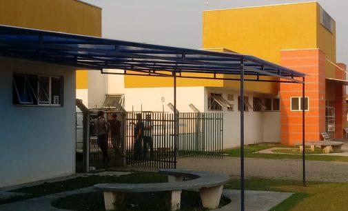 Instalação de toldos nas UBS de União da Vitória