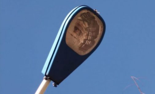 Iluminação na ciclovia da PR 170 é danificado por vândalos