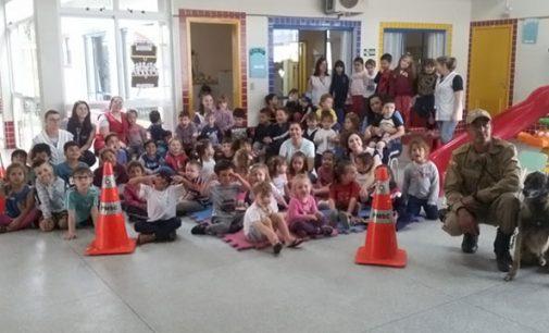 Polícia Militar visita Núcleo de Educação Infantil