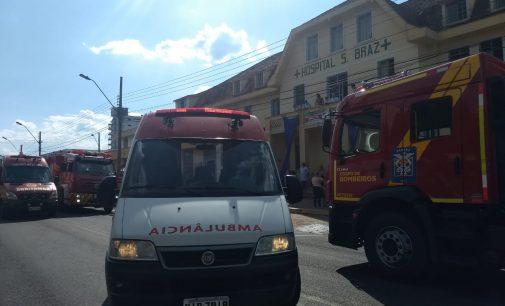 Simulação de incêndio mobiliza bombeiros no Hospital São Braz