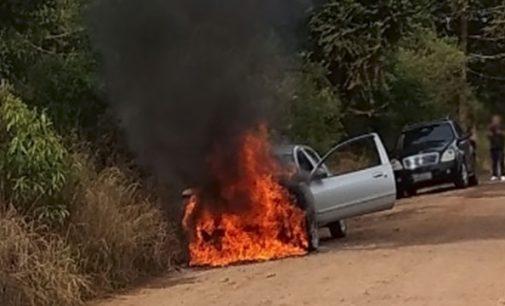 Veículo fica destruído no interior de Cruz Machado