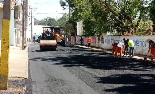 Finalizada a pavimentação na rua Francisco Feijó