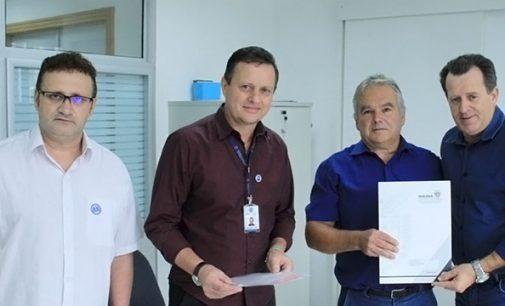 Cruz Machado receberá veículo furgão via SEDU