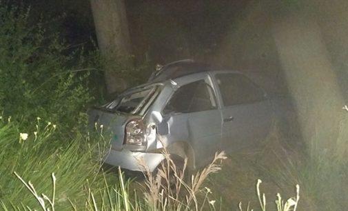 Motorista fica ferido em capotamento na SC 135