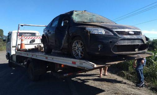 Condutora fica ferida em saída de pista na SC 135