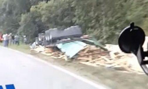 Caminhoneiro morre em acidente de trânsito na BR 153