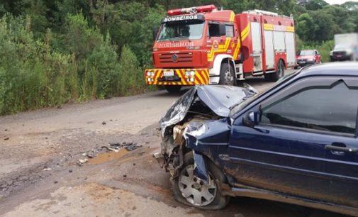 Acidente deixa dois feridos em Santa Cruz do Timbó