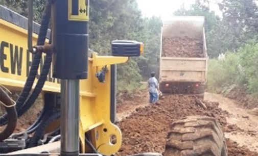 Estradas Rurais de General Carneiro recebem melhorias