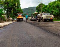 Pavimentação da rua Eurico Amann chega na fase final