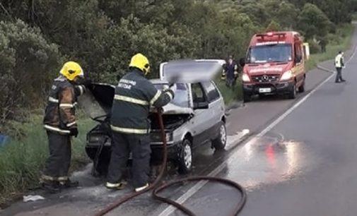 Veículo de União da Vitória pega fogo na SC 350