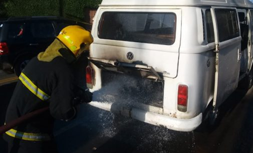 Incêndio danifica motor de Kombi em Porto União