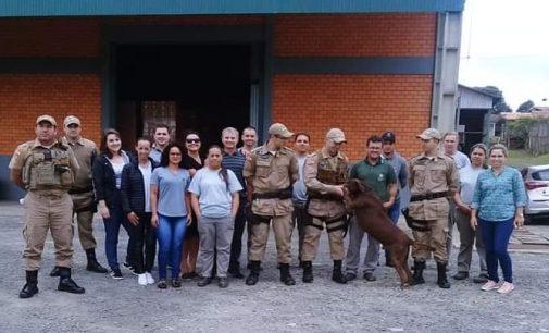 Cão Rock se aposenta das atividades da Policia Militar