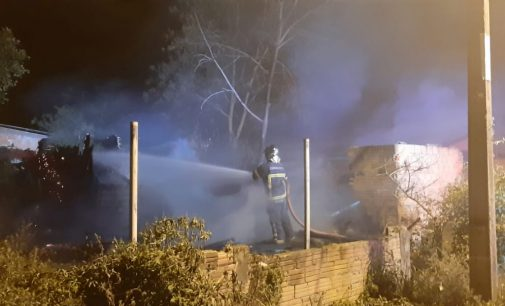 Incêndio destrói casa no bairro Rio D' Areia em União da Vitória