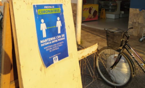 Prefeitura de União da Vitória instala cartazes de orientação nos comércios abertos