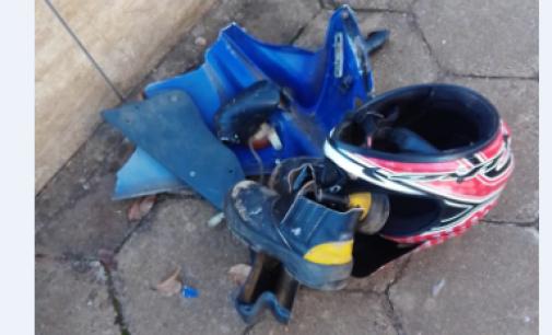 Motociclista colide em veículo em cruzamento de Cruz Machado