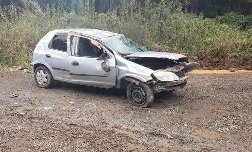 Veículo com placas de UVA se envolve em acidente de trânsito na Serra do Honorato